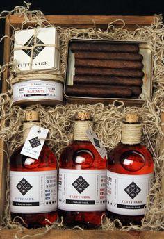 Cutty Sark Whiskey #whiskey #branding #aged #coasters #wood #identity #bar #type