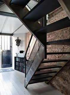 CJWHO ™ (Brique àbloc àParis: la transformation d'un...) #paris #loft #france #design #photography #architecture #stairs #luxury #renovation