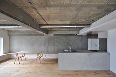 House in Edobori by Yasunari Tsukada Design