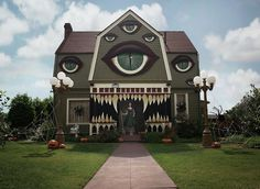 Amazing Decoration House for Halloween #Halloween #Halloween_idea #home_decor #Interior_design