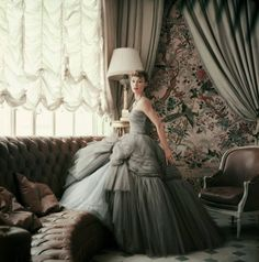 vintage everyday: A Rare Look Into The World of Christian Dior from 1950s #fashion #dress #vintage