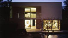 MALEK HERBST Architekten #house #tree #night #malek #architecture #herbst