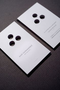 Business cards of Mar Hernandez - CardFaves #business card