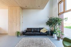 Klaprozenweg by Fem Architects