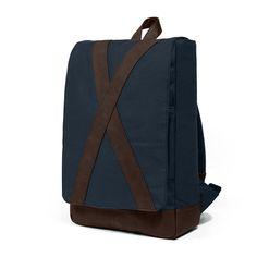 #nordhug - azul #darkblue #bag #backpack #knapsack #plain #caftan #simplicity