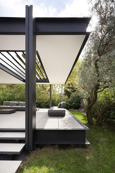 Contemporary Steel Extension Providing Open Living Space 11