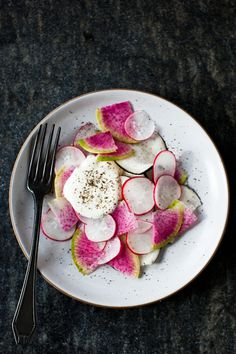 Yummy Supper: SUPER SIMPLE RADISH SALAD WITH CREME FRAICHE #food