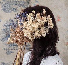 tumblr_m0r0b3KuqI1qex654o1_1280.jpg (JPEG Image, 892×859 pixels) #portrait #flowers