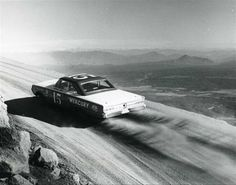 tumblr_lr6n80PZZB1qe1wpwo1_1280.jpg (1280×1009) #cliff #b&w #car #race
