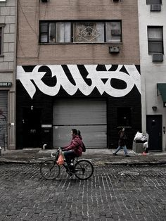 Typeverything.comFaust. #graffiti #signage #exterior