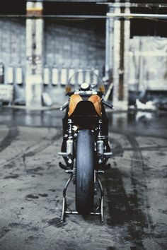 http://gthegentleman.tumblr.com/post/17291669945 #automobile #orange #vintage #bike #motorcycle