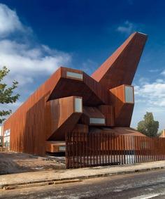 Vicens & Ramos: Parish Church Of Santa Monica | Sgustok Design