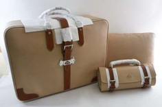 DUNHILL MOTORITIES FOR MAYBACH. Limited 3teiliges travel, Italian calf leather/calf leather/suede to 2010