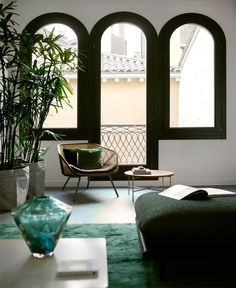 Diego Paccagnella Designed Casa Flora for Romantic Holiday Stay in Venice - InteriorZine