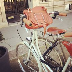 Handlebar Handbag Hugger #tech #flow #gadget #gift #ideas #cool
