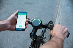 Add SmartHalo to your bike to turn your ordinary bike into a smart bicycle. SmartHalo can give directions and acts as a bicycle alarm system #product #design #modern