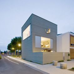 http://blog.leibal.com/interiors/residential/stripe-house/ #house #architecture #minimal