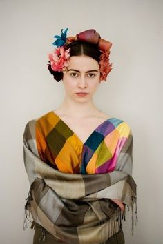 INKA - akainka.com #kahlo #flower #colorfull #jewellery #photography #portrait #multicolor #fashion #frida