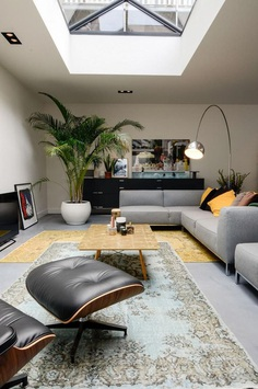 Old Amsterdam Canal House Converted into Beautiful Loft 7