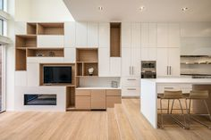 Two Slim Semi-Detached Dwellings / Architects Luc Bouliane