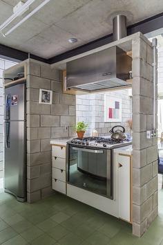 kitchen / Grupo Garoa Arquitetos Associados