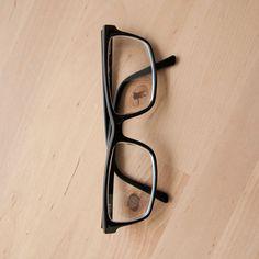 B for 36 Days of Type 2015 #36daysoftype #B #typography #handmade #glasses #eyes #photo #photography #barcelona #david_rico #davidrico