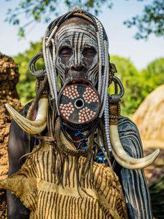Omar Reda Documents The Beauty Of Tribal Women In Ethiopia