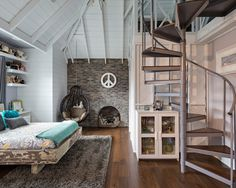 Best Shabby-Chic Style Loft-Style Bedroom Design Ideas & Remodel Pictures | Houzz