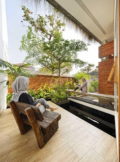 Flick House, Cinere, Indonesia Delution Design Revolution