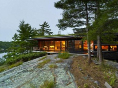 Four-Season Family Cabin in Southern Ontario by Ian MacDonald 1