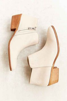 Sam Edelman Petty Boot – Urban Outfitters #urban #shoes #fashion