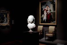 Watchers  #photography #seattle #vsco #portrait #museum #art #sculpture #fujifilm #xt10