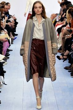 Chloé Fall 2012 Ready-to-Wear Collection Slideshow on Style.com #fashion #2012 #fall #chloe
