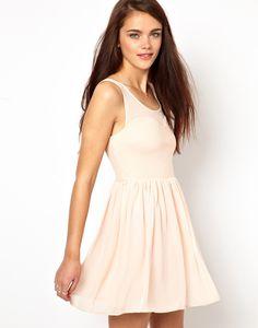 : #dress
