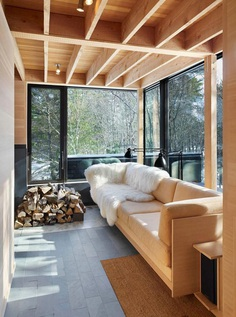 Four-Season Family Cabin in Southern Ontario by Ian MacDonald 6
