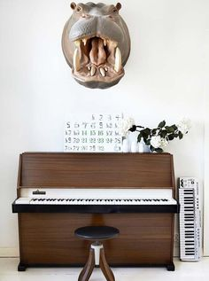 desire to inspire desiretoinspire.net #taxidermy #interiors #piano
