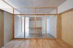 House in Natsumidai by Camp Design inc. © Kentahasegawa. #door #slidingdoor #woodenfloor