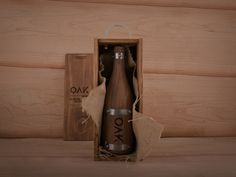 OAK wine. By Grantipo & La Despensa #oak wine #oak #wine #packaging #madera #botella de madera #grantipo