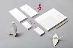 Maru #card #letterhead #identity #business