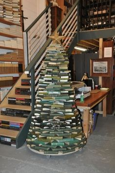book-christmas-tree.jpg (Immagine JPEG, 500x751 pixel) #christmas #tree
