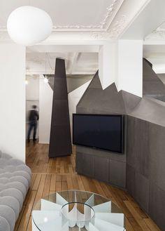 A Small Parisian Apartment with Ingenious Interior Design
