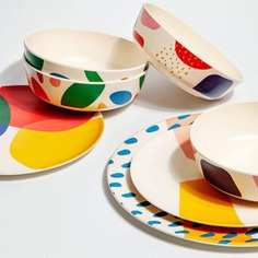 This Abstract Bamboo Bowl set brightens your place setting while helping the planet! Made only with certified organic materials, the bowls are 100% biodegradable, compostable and non-toxic. They are also very durable and long-lasting. Perfect for dinners, parties, and picnics!
