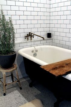 Simple + Clean #bath