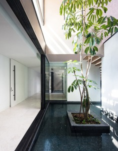 Contemporary Tower-Like Bungalow in Singapore by Studio Wills