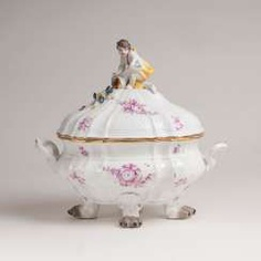 Johann Joachim Kaendler #Sets #Teasets #Porcelainsets #Antiqueplates #Plates #Wallplates #Figures #Porcelainfigurines #porcelain