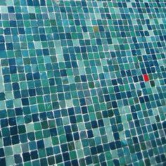 berlin_bau_mosaic4.jpg 500×500 pixels #tiles #pixel #mosaic #bauhaus #50s #berlin