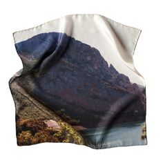 Sierra | Las Coleccionistas #photo #fabric #silk
