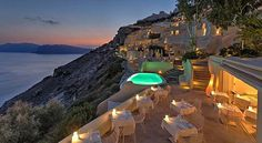 Mystique Resort in Santorini Must Be On Your Bucket List #Mystique #Luxury #Santorini #Greece #wanderlust #travel #instatravel #luxurytrav