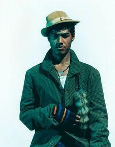 Nadav Kander - Nadav Kander — Badem Caglar (Hat & Fur)