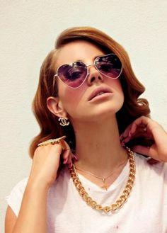 Sara Lindholm #fashion #sunglasses #female